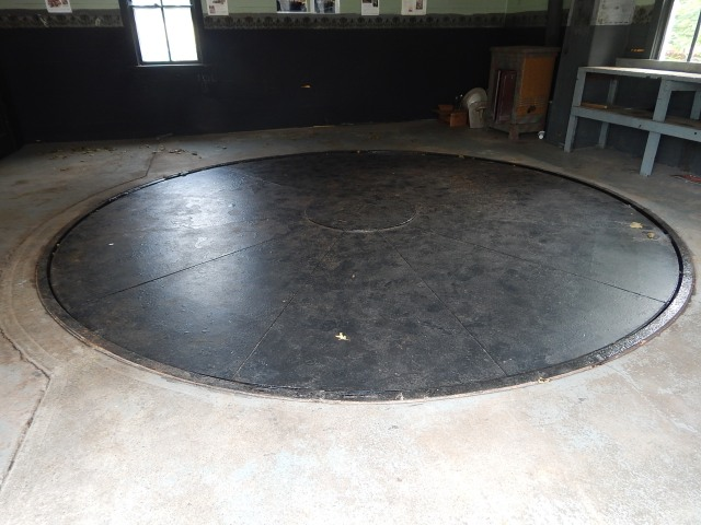 Turntable in Garage