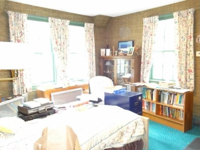 Eatonbedroom