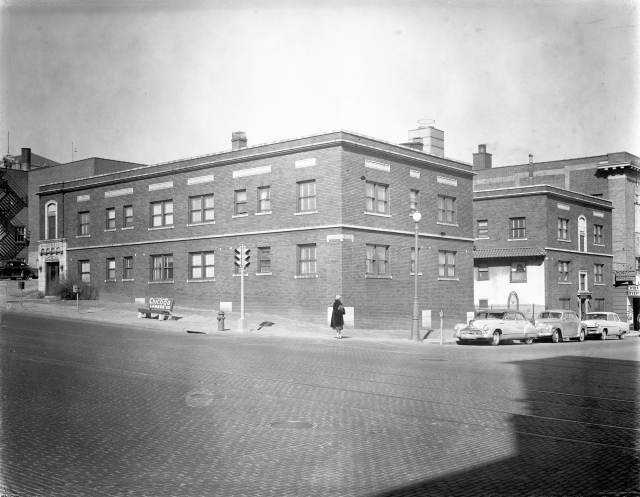 Princeton Apts1954