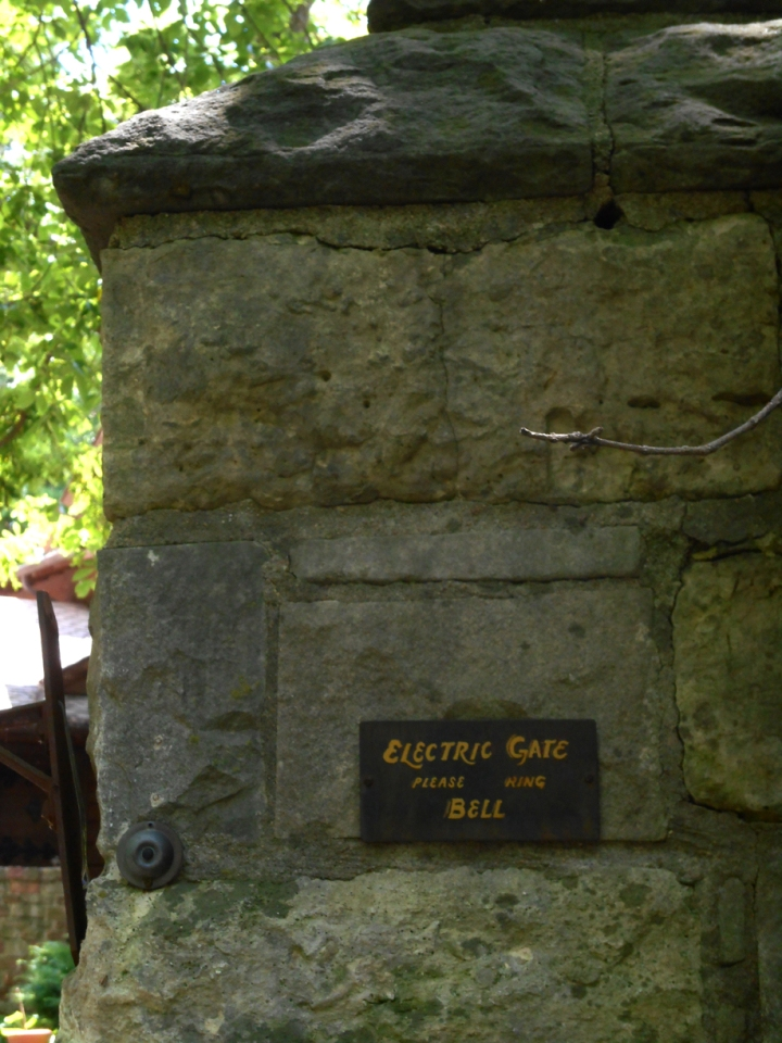 gatesign