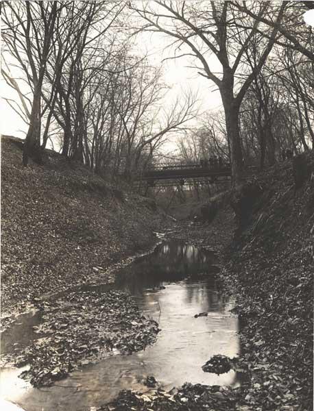 historicphotojonesstbridge